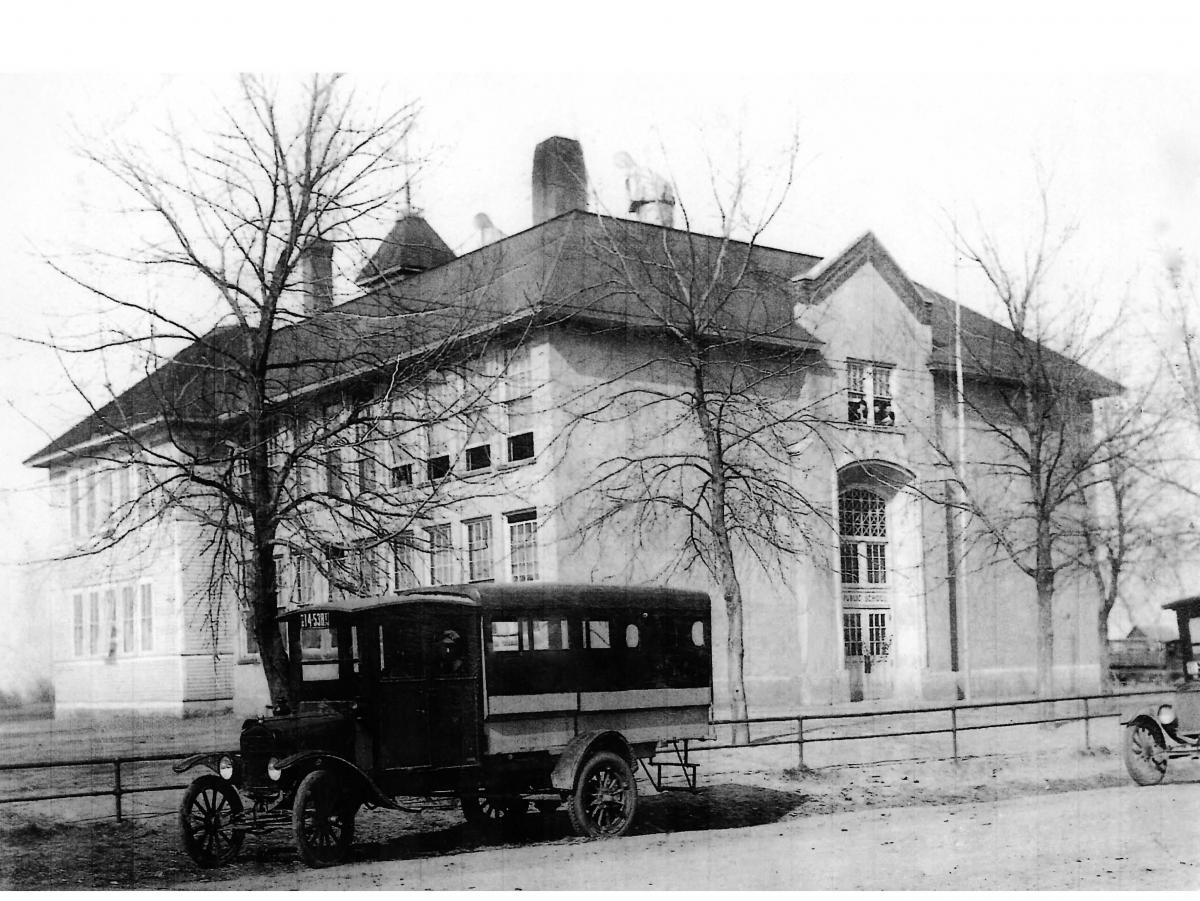 Old Centerville School photo