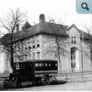 Centerville School with bus in front